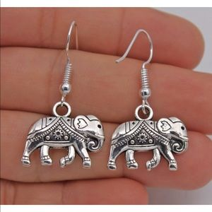 Jewelry - Silver Plated Elephant Dangle Earrings